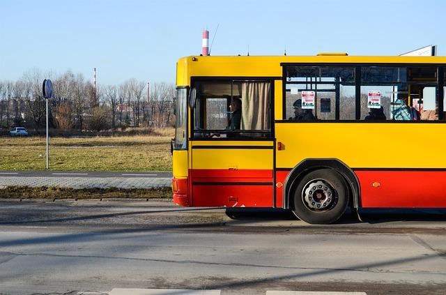 Kraków: Uczniowie mogą zapomnieć o bezpłatnych biletach. Chodzi o wakacje